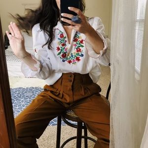 Tops - Floral handmade embroidered ruffle sleeve top